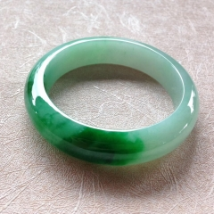 缅甸翡翠手镯正圈尺寸 59.1宽14.5厚8.9
